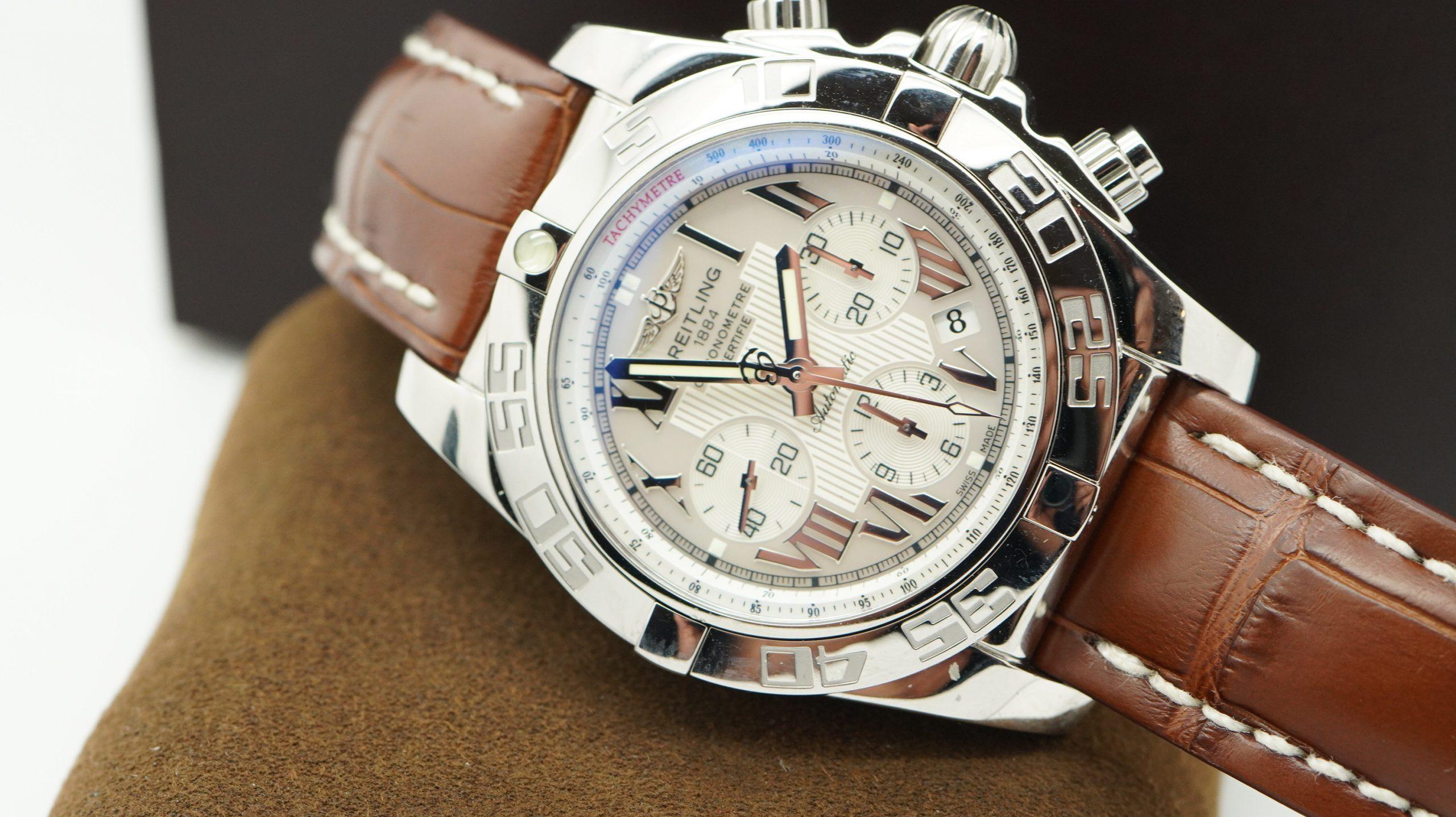 Breitling Chronomat AB011012